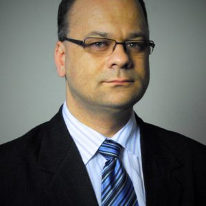 Dr. Kormos Erik